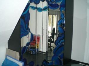 Der Spiegel macht den Raum größer