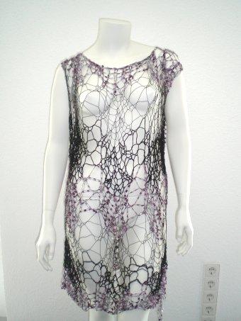 Spinnweben-Oberteil im Glamour-Style